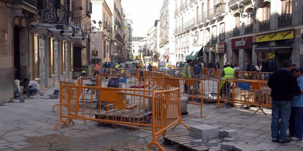 Las calles Montera y Arenal tendrán renovado su pavimento, más arbolado y nuevas farolas antes del verano