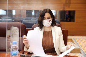 """Ayuso no consiente que la """"feminista"""" Montero esté """"al frente de un Ministerio por ser la mujer del Vicepresidente"""""""