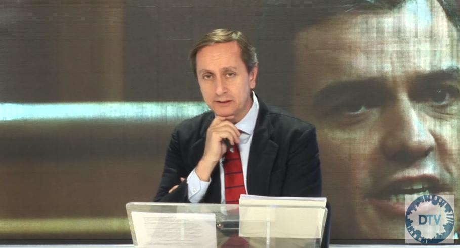 """Carlos Cuesta: """"Sánchez quiere investigar al Rey Juan Carlos, acabar con la Monarquía y eliminar la propiedad privada"""""""