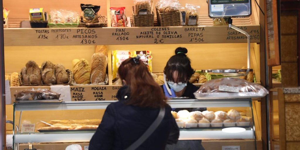 Madrid registra la menor caída de ventas del comercio minorista en España, apenas un 1,5% en febrero