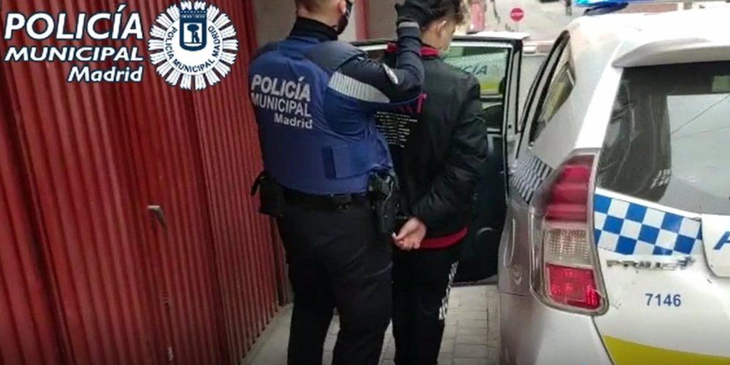 Arrestados dos hombres por intentar okupar el piso de una anciana hospitalizada en Tetuán