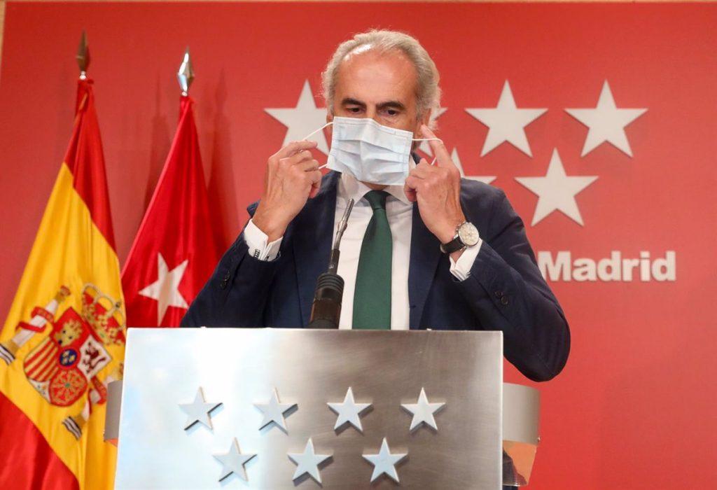 Madrid pide a grupos de riesgo que voten de 10H a 12H y a los positivos de 19H a 20H