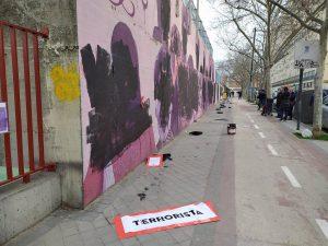 El mural feminista de Ciudad Lineal amanece vandalizado en pleno 8M