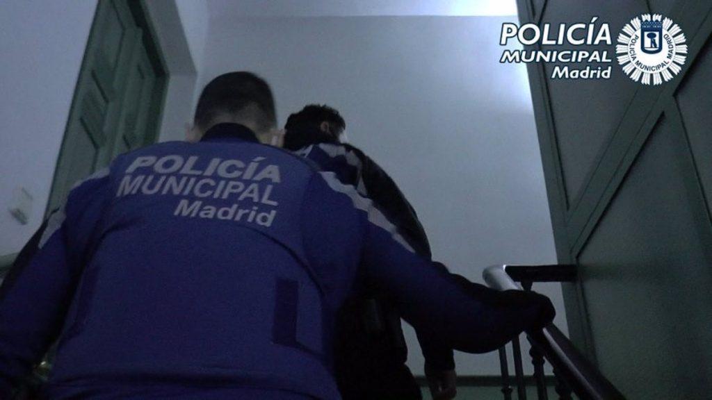 La Policía Municipal de Madrid desmanteló 353 fiestas ilegales en domicilios el fin de semana