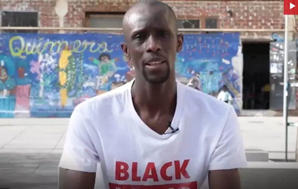 Iglesias ficha para su candidatura al portavoz del Sindicato de Manteros, Serigne Mbayé