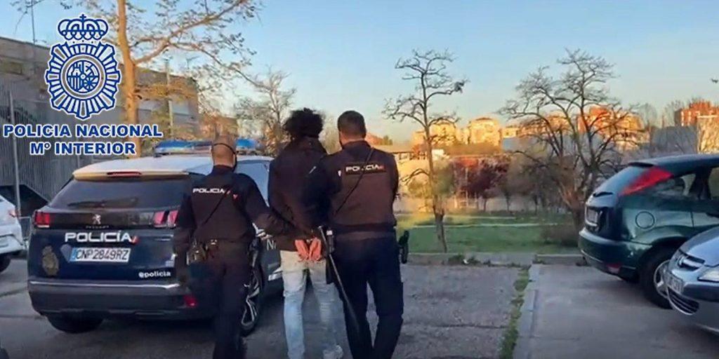 Detenidos seis 'Trinitarios' por apuñalar a un niño de 11 años y tres 'Dominican' por dos intentos de homicidio