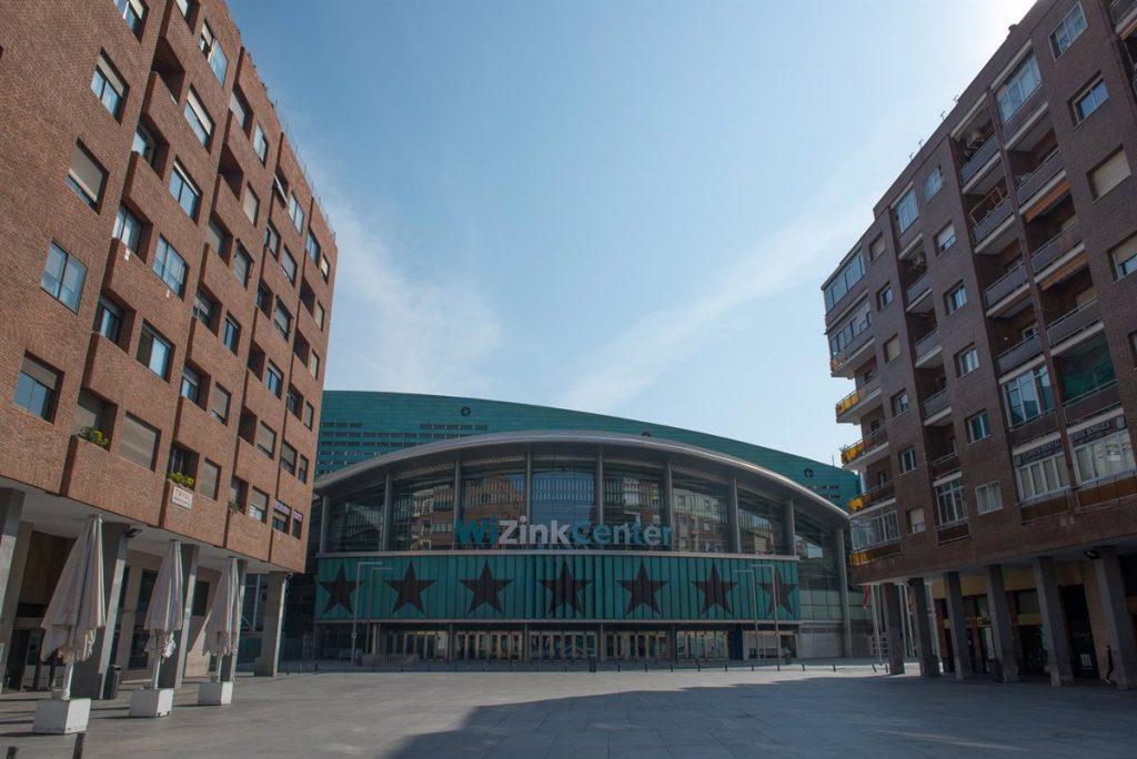 Madrid activa el dispositivo para vacunar a 4.000 personas diarias en el WiZink Center