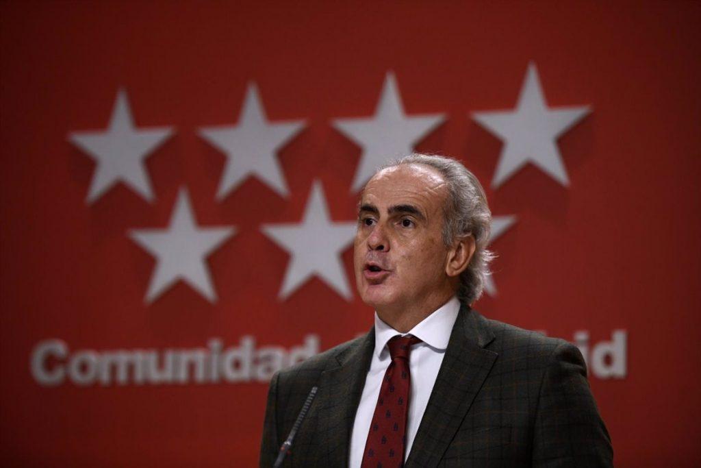 Madrid no impondrá el toque de queda y ampliará el horario de la hostelería hasta las 00.00H