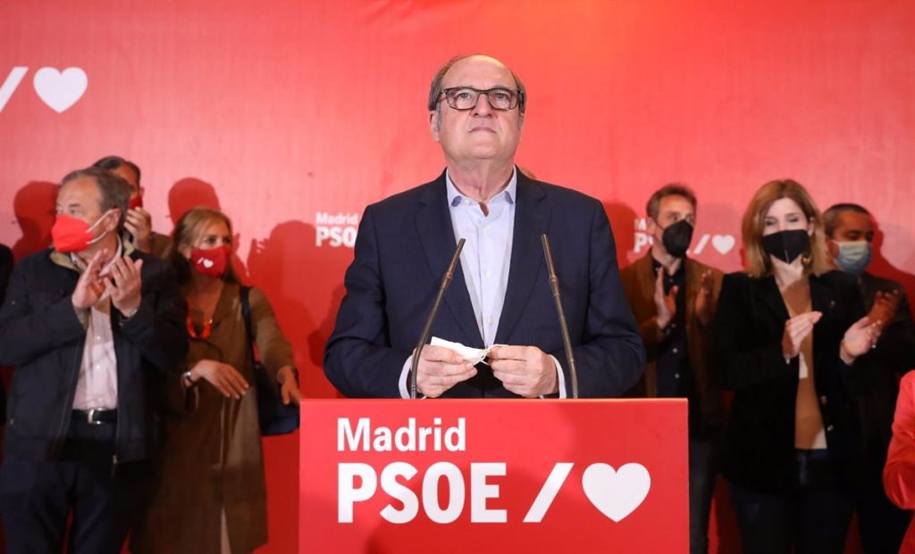 Gabilondo no recogerá su acta de diputado tras la debacle del 4M y seis años en la oposición