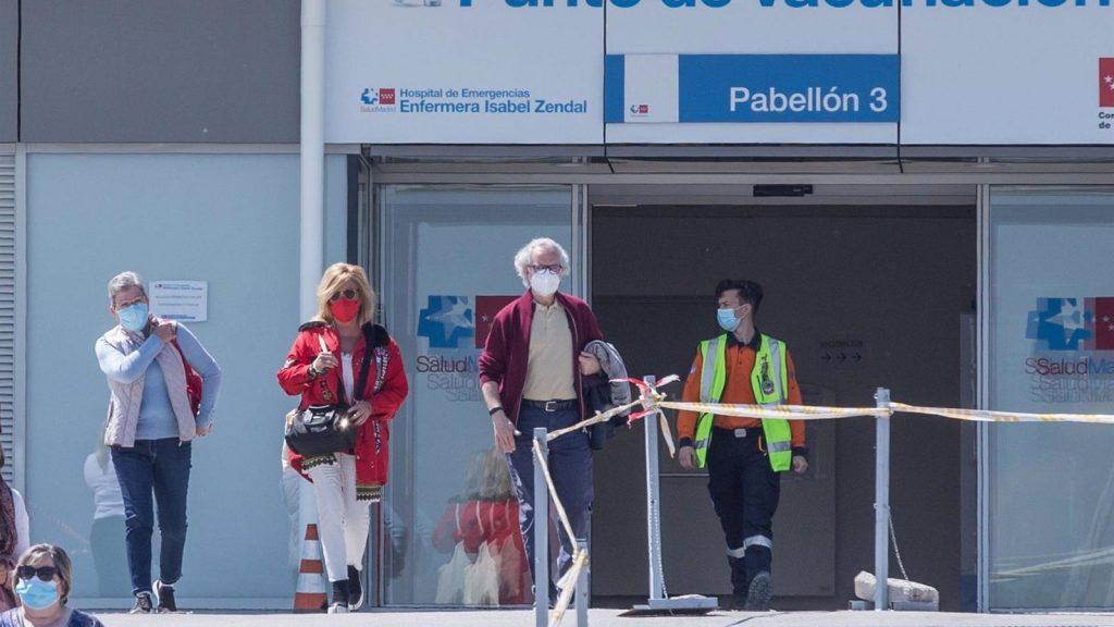 La Comunidad de Madrid administra 74.640 vacunas en un día y alcanza un nuevo récord