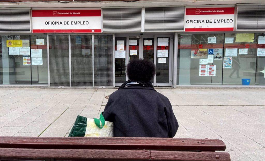El paro cae en Madrid un 0,68% en abril, con 2.986 desempleados menos