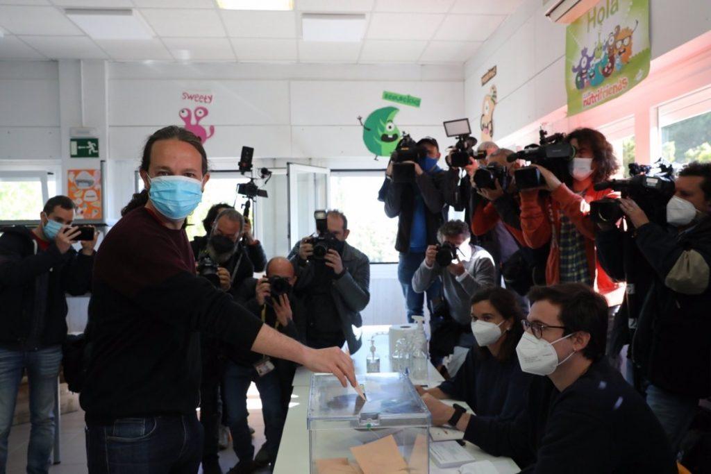 """Iglesias augura una gran participación para responder """"a la violencia y la mentira"""""""