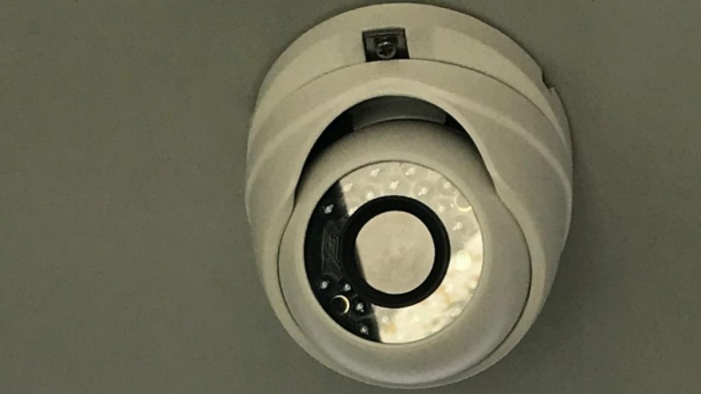 Instalan cámaras de seguridad en el Polígono de Marconi y se reforzarán las de Sol y Antón Martín