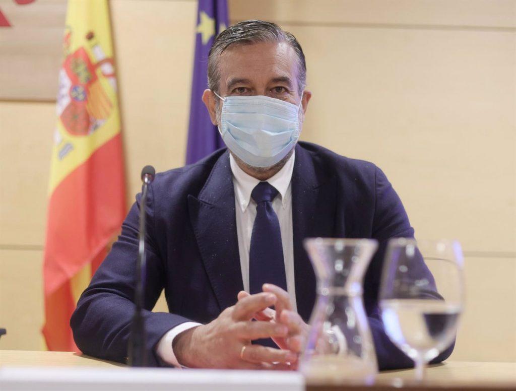 La Comunidad de Madrid espera que Sanidad rectifique y busque consenso con las CCAA