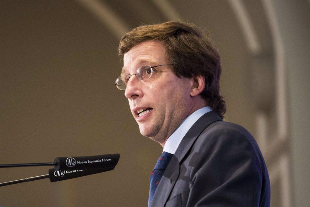 """Almeida aspira a """"conseguir lo mismo que Ayuso el 4M"""" e """"integrar a Cs y Vox"""" en su Gobierno"""