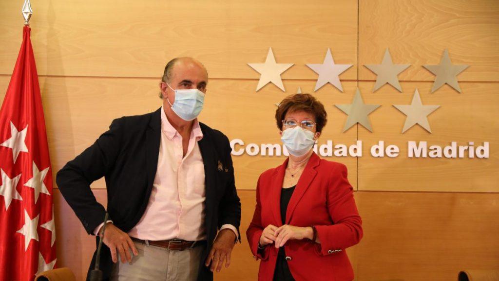 """El """"megabrote"""" entre estudiantes que viajaron a Mallorca afecta a 320 jóvenes de Madrid"""