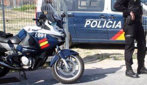 La Policía libera a una joven de 15 años que había sido retenida en un local de Carabanchel