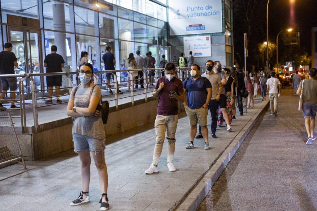Madrid administró 109.473 dosis el miércoles, la cifra más alta desde que arrancó la vacunación