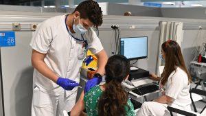 El 40% de los niños de 12 años en adelante ya han recibido la primera dosis de la vacuna