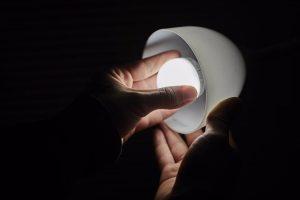 El precio de la luz se desboca este jueves a los 140 euros y marca su cuarto récord consecutivo