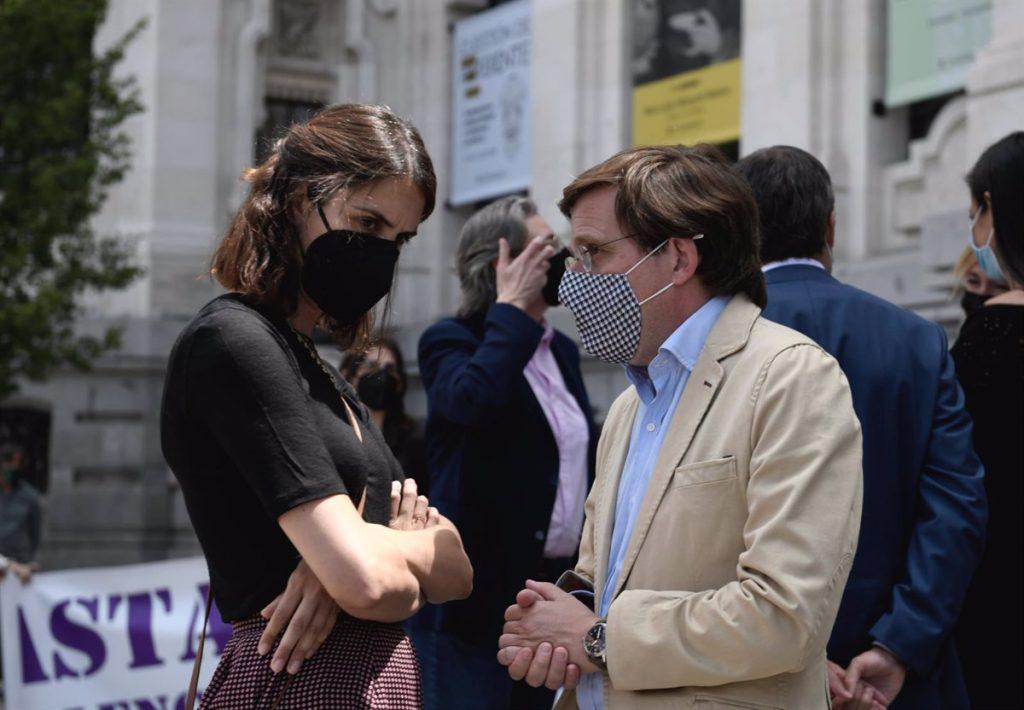 """Maestre critica la """"piel tan fina"""" de Almeida, """"un alcalde poco alcalde"""" que """"habla más de Sánchez que de Villaverde"""""""