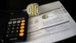 El precio de la luz se dispara este miércoles a un nuevo récord histórico de 228,59 euros